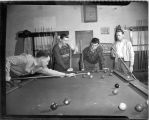 1946: Students in pool hall
