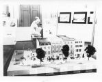 1938: Auburn residential block: architectural model