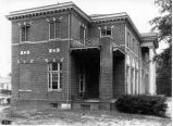 1910s: Otis Smith Hall, side view