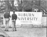 1964: State police standing by during integration of Auburn University