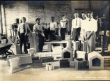 1915: Class in ornamental concrete