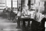 1920s: Entomology students in laboratory class