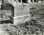 William Rickenbacher's gravestone